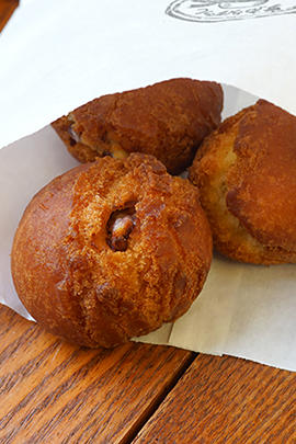 cafe_donut.jpg